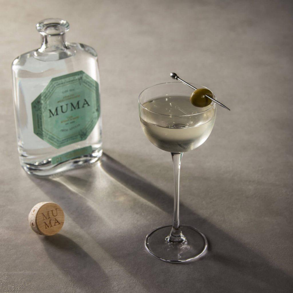 dirty-martini-muma-gin